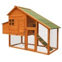 Poulailler grand espace en bois avec nichoir